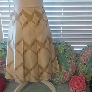 100% silk Gap skirt w/cute pleats pink ribbon tie